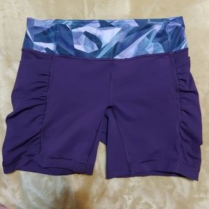 Lululemon Purple Gym Shorts sz 10 EUC